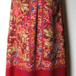 Håndbroderet Kashmir uld sjal_tørklæde. Samarkand har stort udvalg af uld tørklæder.